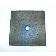 Flise 30 x 30 cm. med hul til ankerrør
